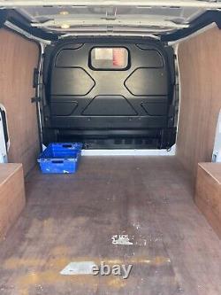 Ford Transit Custom 2017 Euro 6 2.0L 130ps